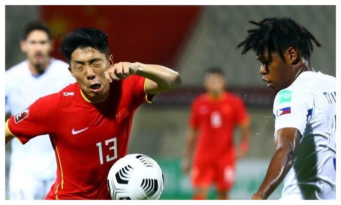 泰山队幸好没放走他,曾被球迷质疑是关系户,如今逆袭成国足核心