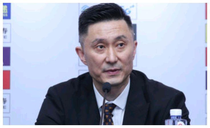 赵睿胡明轩大爆发,方硕8投0中,杜峰表态北京男篮!