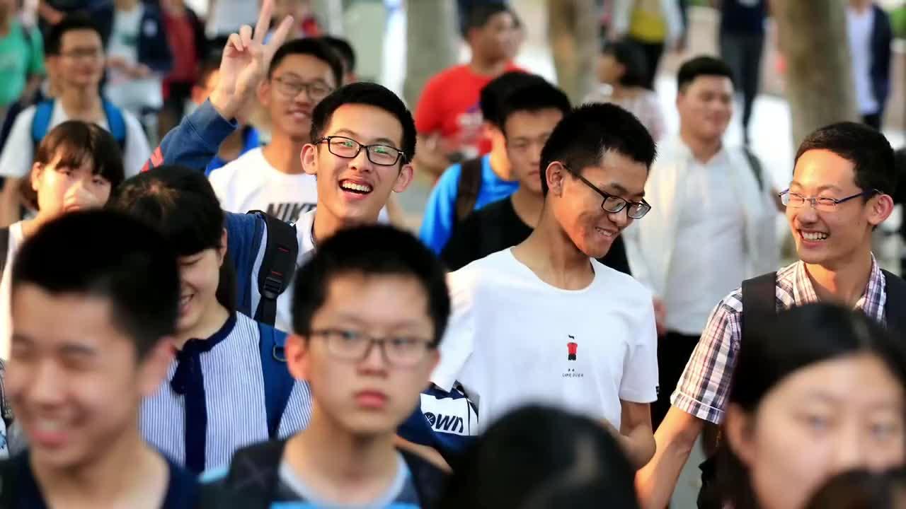 广州高考历史科缺考率4.55%