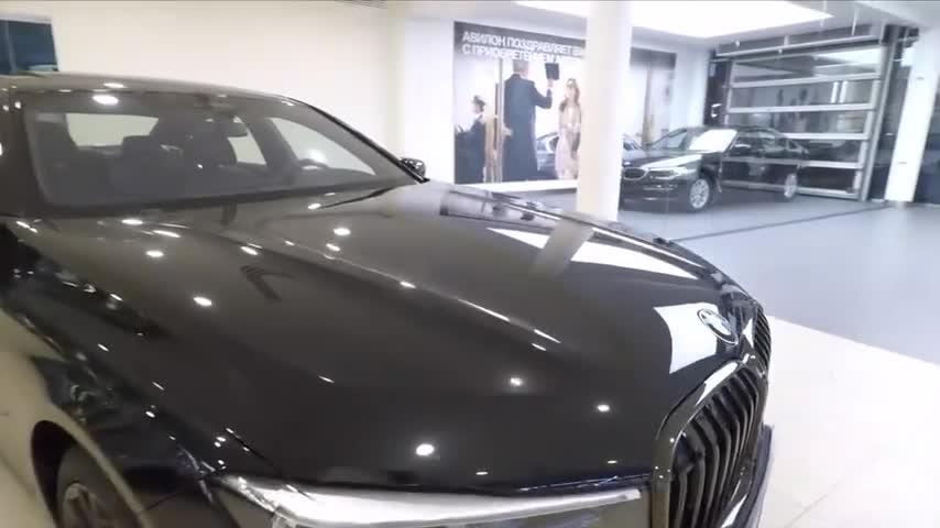 视频:新车展示,2020款宝马7系750i,全面了解实车,我立刻心动了!