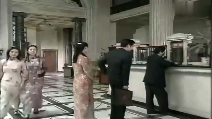 半生缘:祝鸿才如愿以偿得到了曼桢,没想到曼桢竟当他是空气!