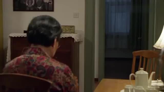 平凡岁月:老太太的老情人重回身边,真相原来是这样,这就是命