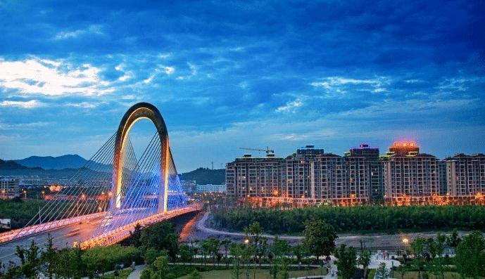 安徽各市gdp_27省份前三季度GDP出炉:山东位列第三,湖北反超安徽