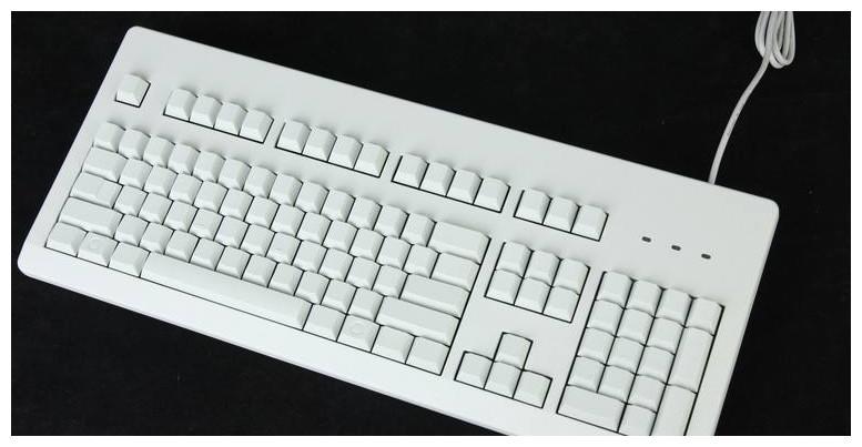 灵签占卜:你最中意哪幅图中的键盘,测试你人格分裂有多严重?