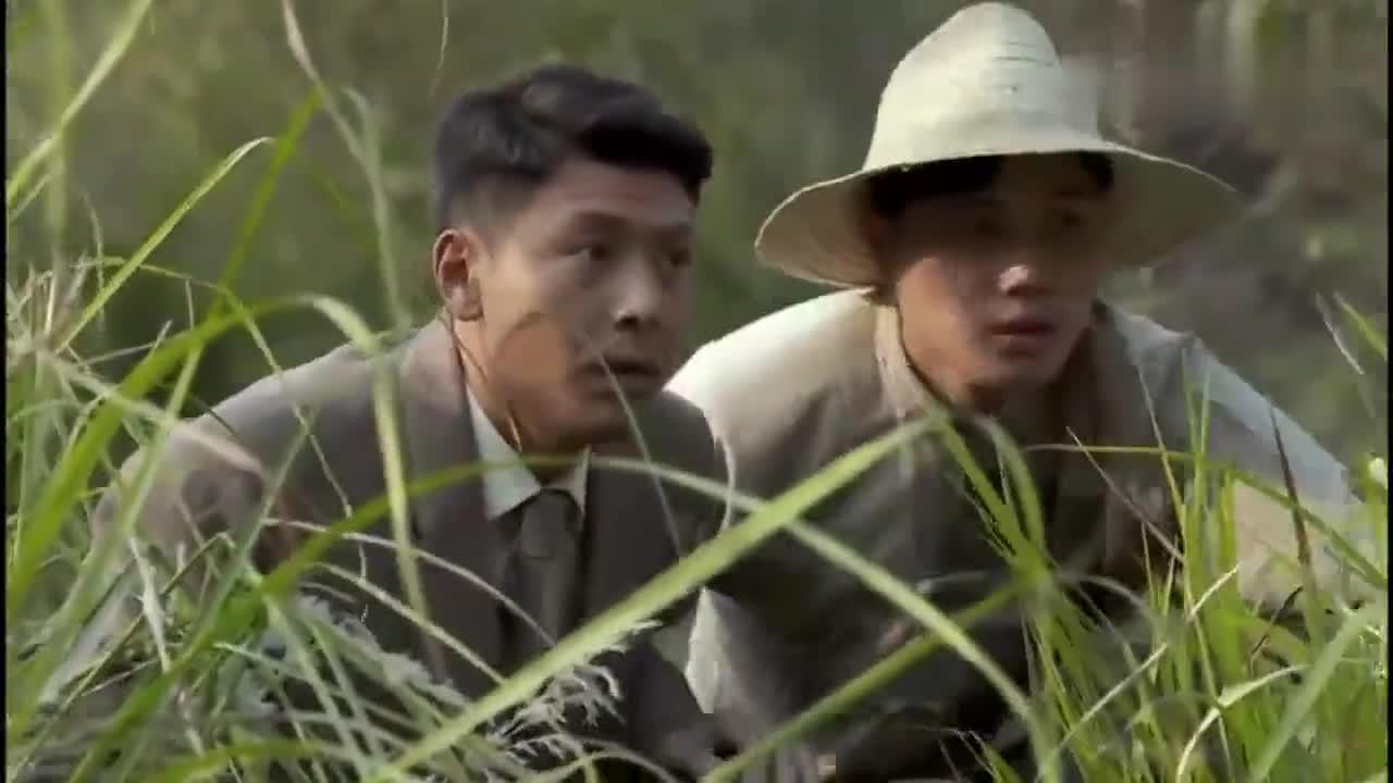 壮士出川:杨彪发现自己被人跟踪,见到跟踪的人那一瞬,高兴了