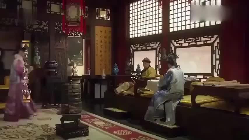 甄嬛传:甄嬛正伺候皇上,安陵容故意横插一脚,甄嬛的反应霸气!