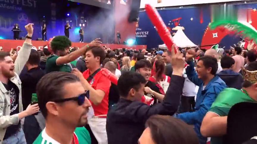 这是你对世界杯的第一次亲密接触吗?
