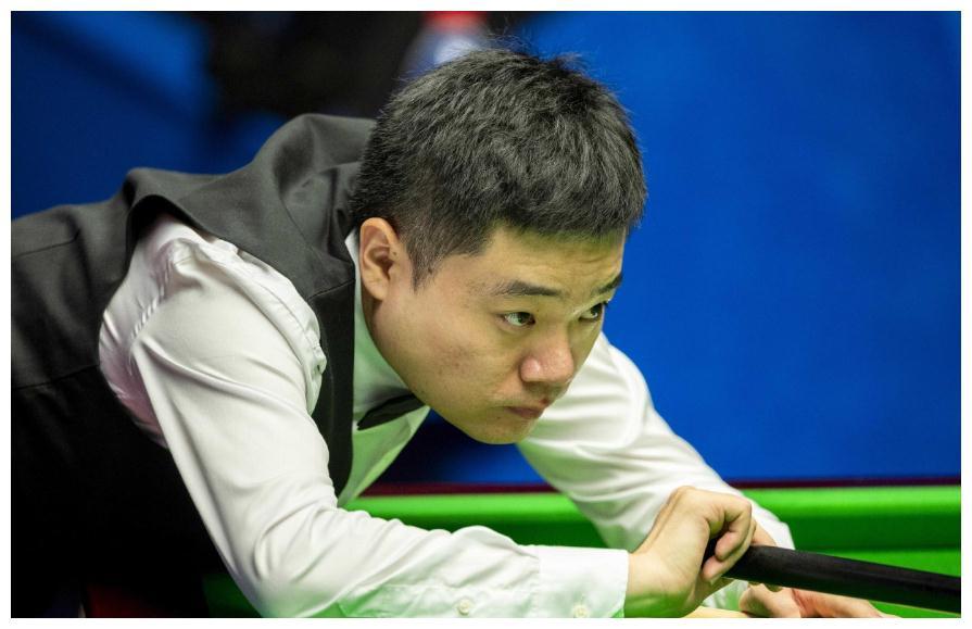 扼杀大冷门!卫冕冠军10-8逆转创纪录 中国一哥5-4微弱领先