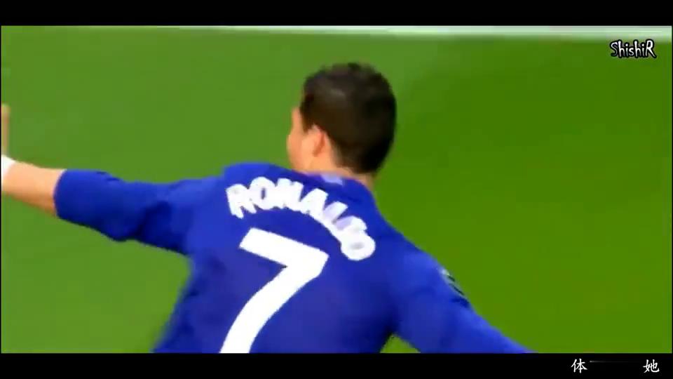 足球:当足球遇到眼泪,梅西C罗双双流泪,这一幕泪奔!