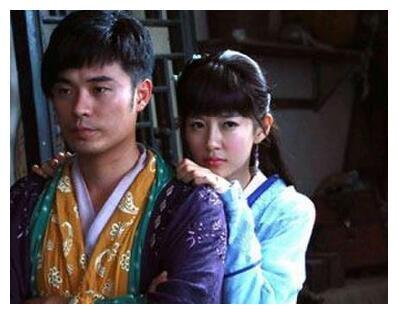 陈赫宣布当爸爸 妻子张子萱月中产子