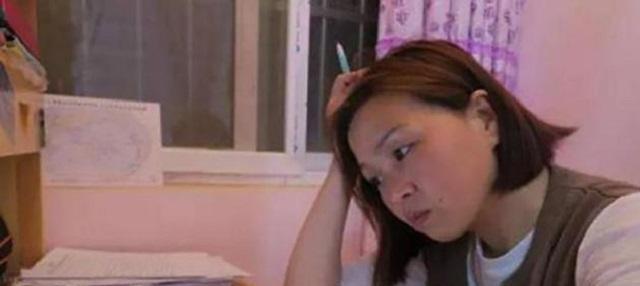 03年被人顶替上大学的王娜娜,34岁再战高考,终拿下通知书