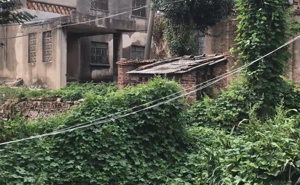淮南城中村:人烟稀少,像被废弃,置身其中令人心惊肉跳