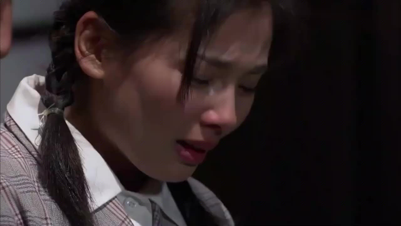 叶落长安:女儿从小受苦,向父亲倒苦水,母亲才是最苦的