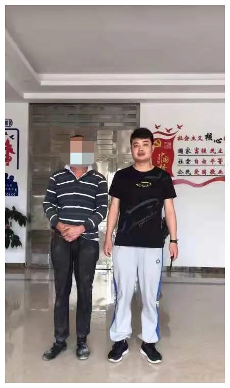 珠山公安分局陶溪川派出所破获一起盗窃瓷器案件