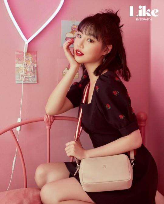 (G)I-DLE徐穗珍可爱与成熟魅力兼备 公开时尚范十足造型