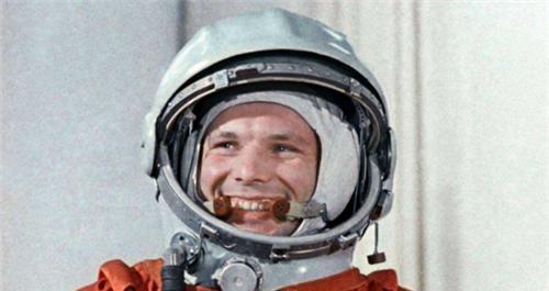 63年前,世界第一只上太空的狗,怎样了?如今依然在地球轨道流浪