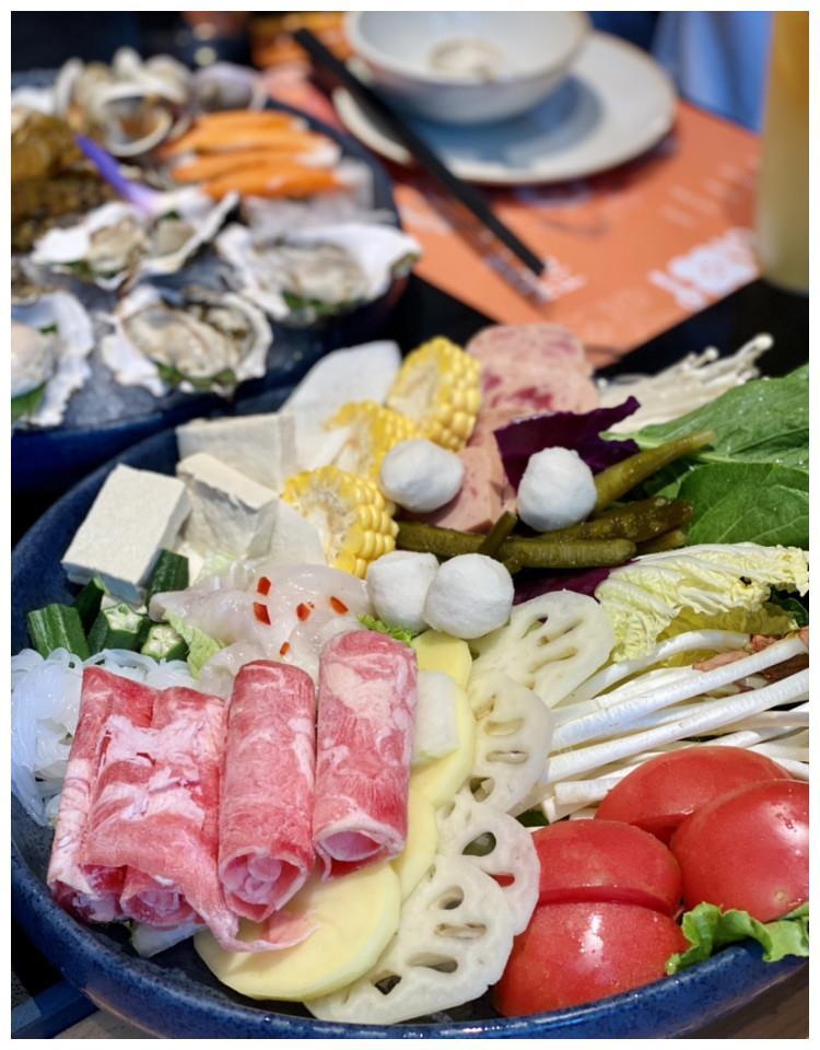 西安这家海鲜火锅比泰戈尔的诗句还要美 关键是张嘴就能吃