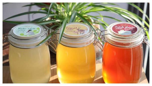 坐月子喝什么蜂蜜好?产后能吃蜂蜜水吗?