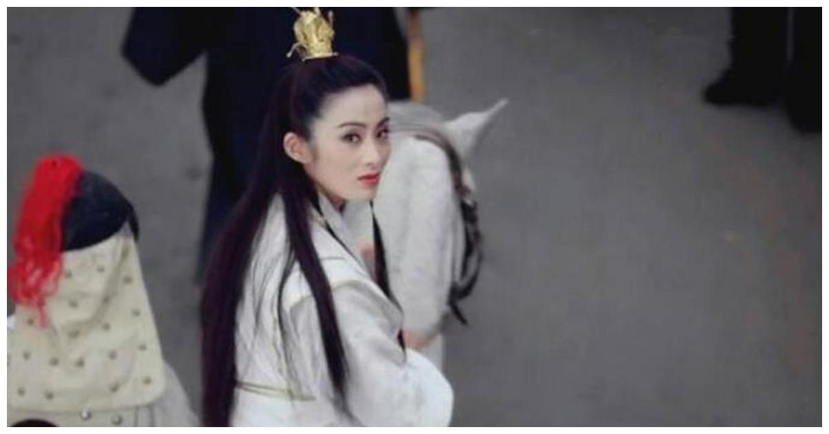 向华胜宠了张敏9年,还为她打王晶,却转恋张玉珊,情断端木樱子