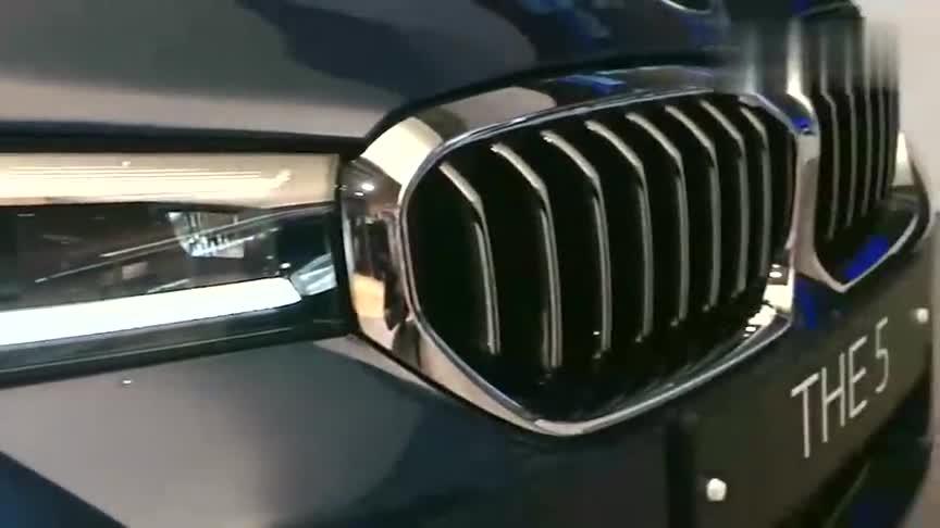 视频:2021款宝马5系530i到店,按下启动键声浪响起,给个不喜欢理由