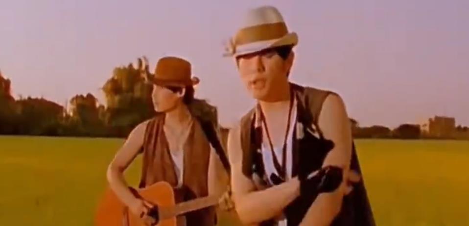 周杰伦昔日采访曝光《稻香》这首正能量歌曲是为汶川地震创作歌曲