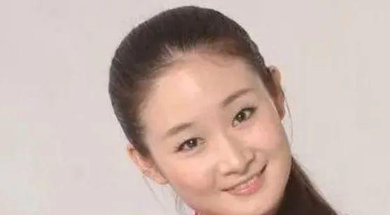 3个拒绝拜赵本山为师的女艺人,被迫退出娱乐圈,如今却身价上亿