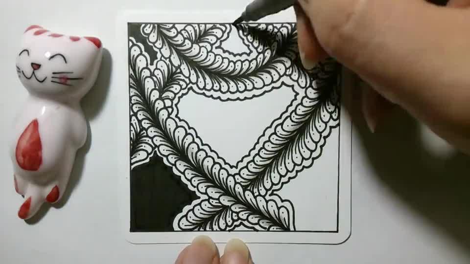 无聊的时候就画张禅绕画,练练控笔