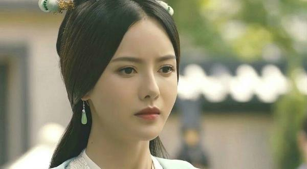 张芷溪是一个学历特别高的明星,却保持低调,领悟能力特别强