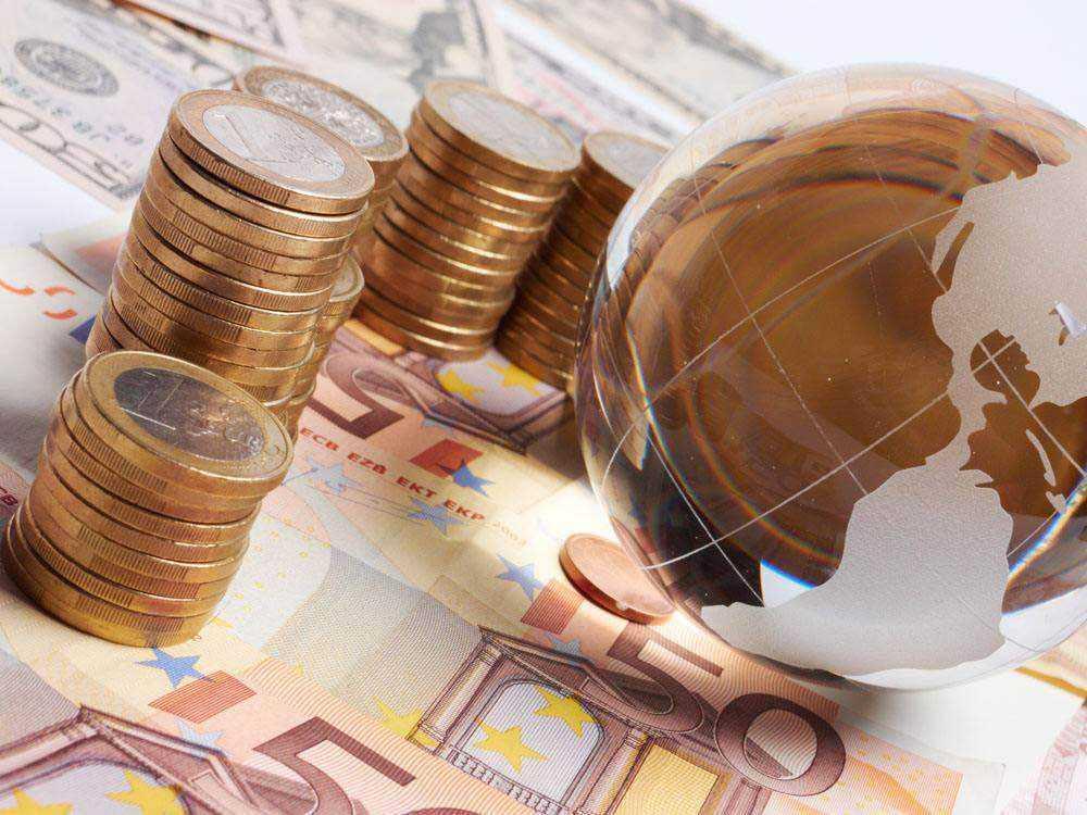 《【万和城代理平台】杨德龙:2021年全球经济即将复苏 投资者应学习价值投资方法》
