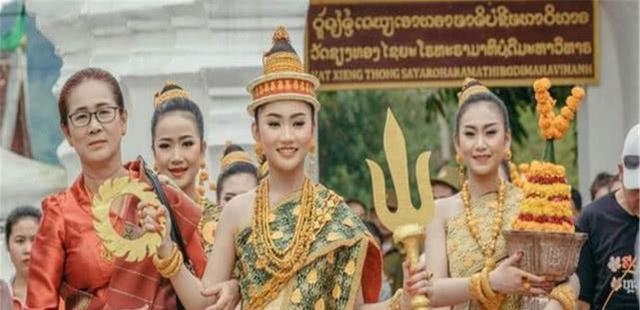 中国游客带一万人民币,在老挝可以玩多久,真实答案让人想不到