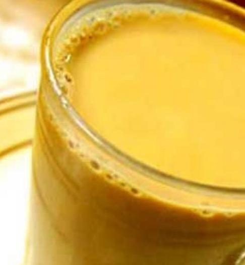 实拍:印度朋友早餐必喝的饮品,网友:能喝下去都是神人