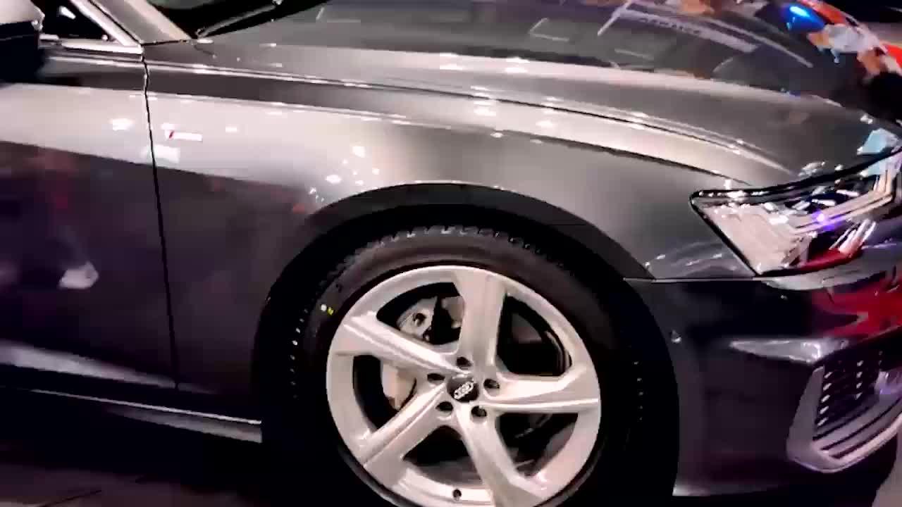 视频:2020款奥迪A640TDI登场,有这霸气颜值,我放弃了宝马5系