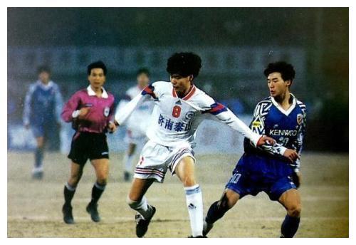 北京国安队名正式保留四支球队成为中性化名称赢家:不含广州恒大