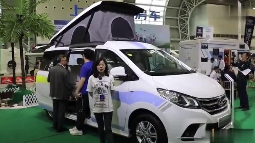 视频:颜值与性能兼具,引领美好房车新生活,上汽大通RG10升顶房车