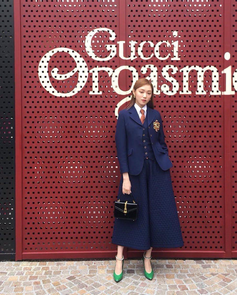 IU、Joy、李圣经都穿了同一套Gucci西装--谁穿得最好?