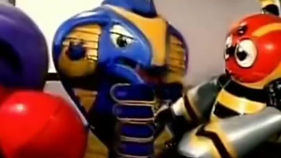 铁甲小宝:卡布达用救难英雄打败了有和平星的恐龙怪兽