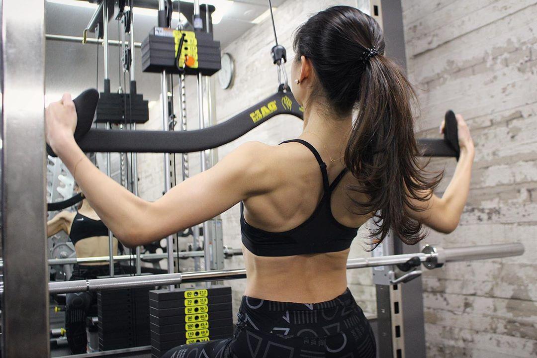 土屋炎伽锻炼的美体引起反响 公开锻炼出来的美丽身材