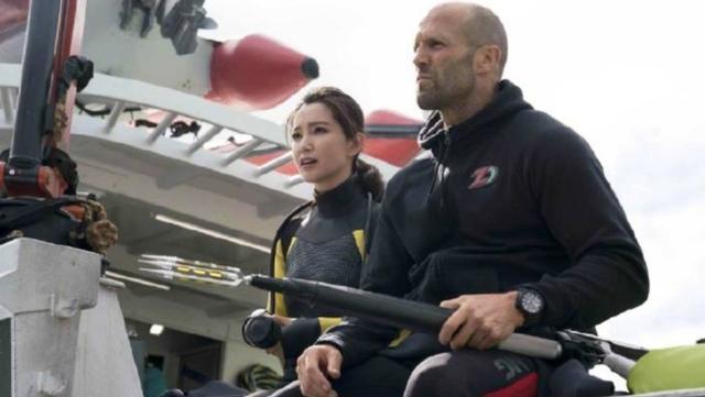 杰森斯坦森拍《巨齿鲨2》,网友求李冰冰再演女主