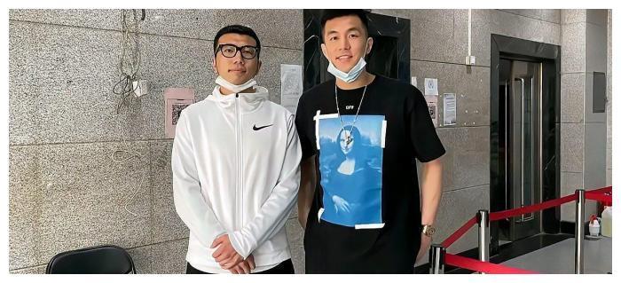 郭艾伦张镇麟现身北京,中国男篮或大换血,易建联重回赛场?