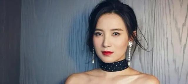 40岁宋佳,有颜值有身材的演技派,性感与实力并存的女神!
