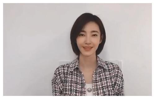 张雨绮过生日,伊能静联合其他姐姐录视频送祝福,却没有张萌