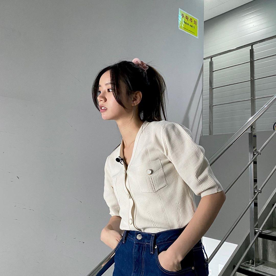李惠利变身为20年前的宋慧乔? 时尚和发型成为话题