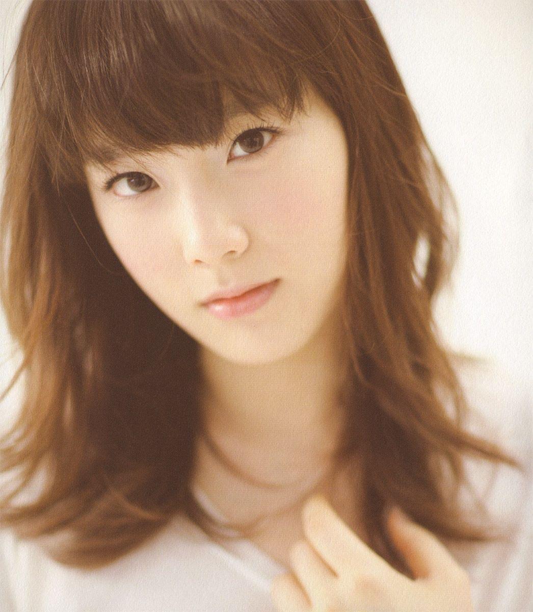 金泰妍头发颜色汇总 10款偶像发型金发照片最经典