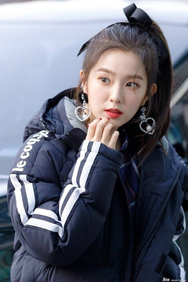 Irene裴珠泫耍大牌事件后续:韩国网友要求Irene退团离开Red Velvet