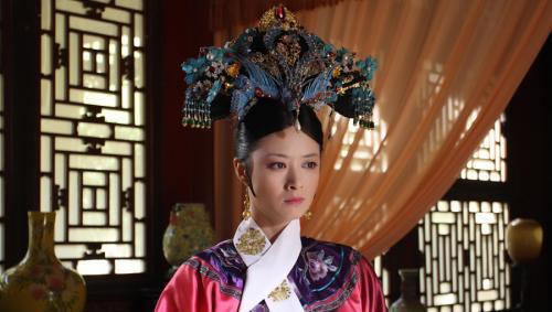 甄嬛传华妃:人人都像是纯元的替身,只有她是她自己