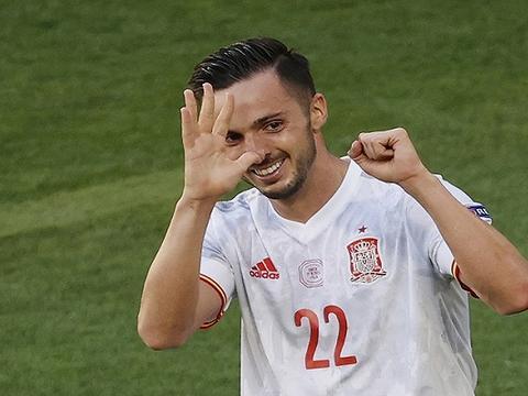 西班牙五球狂胜高调出线,莱万双响难救波兰