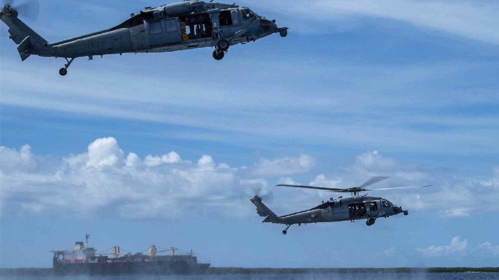 美国海军塔尔萨号(LCS 16)、HSC-21与爆炸物处理机动部队5进行训练