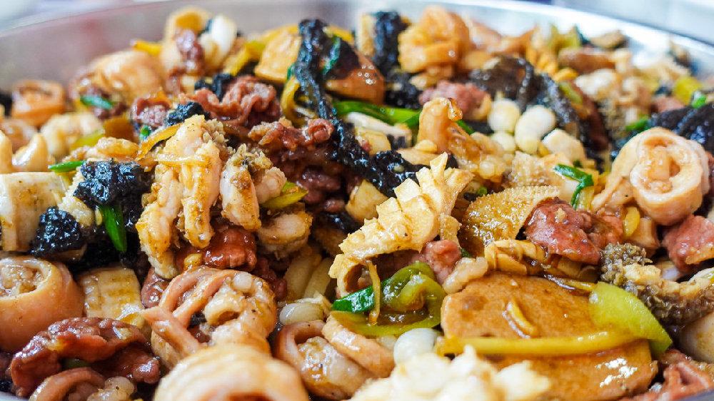 广西玉林老人做餐饮40年,忽成网红门店火遍全城,年收入超千万
