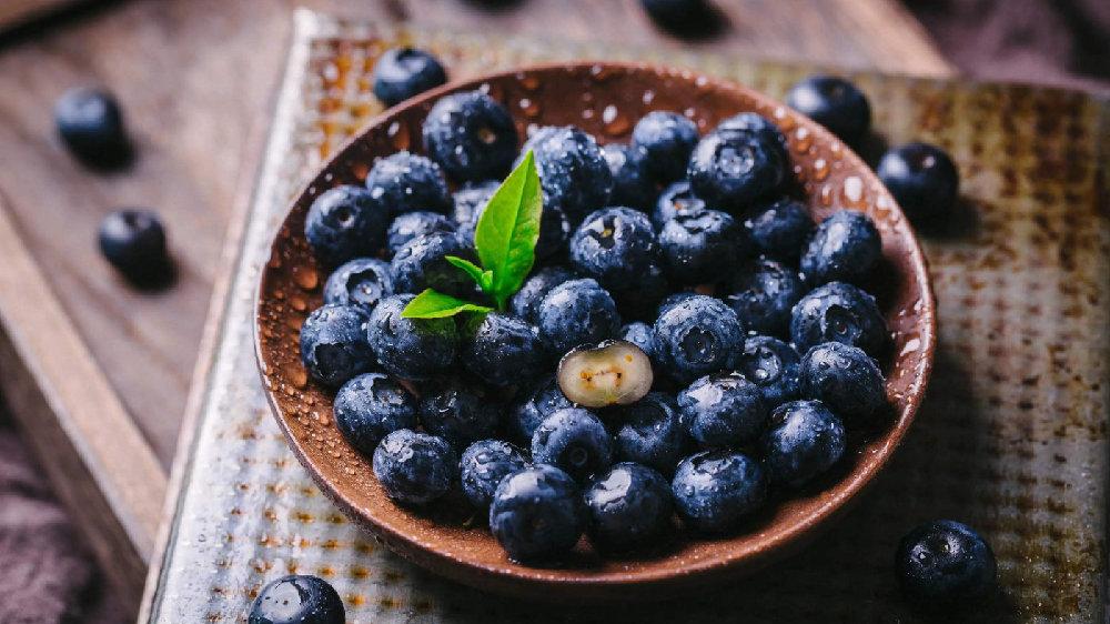 """蓝莓素有""""浆果之王""""之称,经常吃,身体会收获3大好处"""