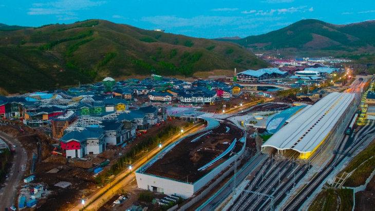 对标国际文旅小镇 崇礼太子城有轨电车项目加紧建设